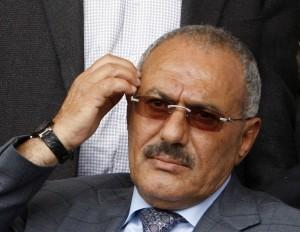 Yemen: Sanaa occupata e presidente assediato