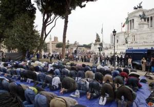 musulmani in preghiera, roma