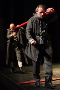 """Un'immagine dall'opera teatrale """"Amado, una favola sulla guerra"""""""